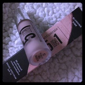 New Bare minerals rare! New BB 5in1 BLUSHING PINK